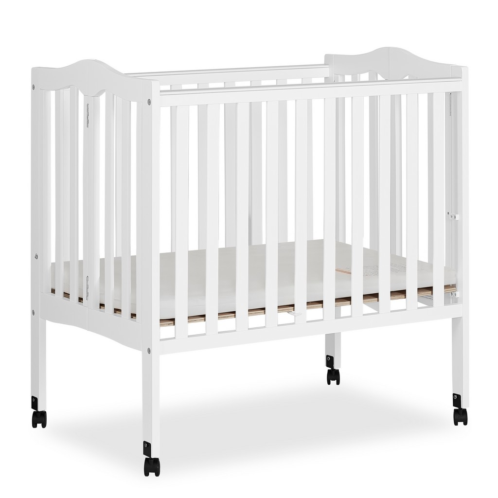 2 in 1 Lightweight Portable Crib - Dream On Me 681-W