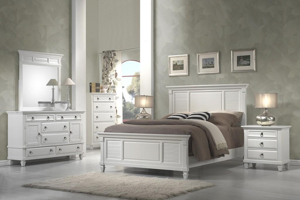 Winchester Mirror in White - Alpine Furniture 1306-W-MR