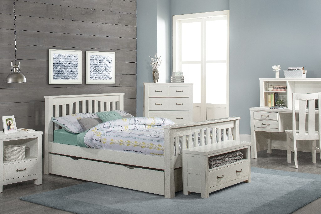 Hillsdale Full Bed Trundle White Wood