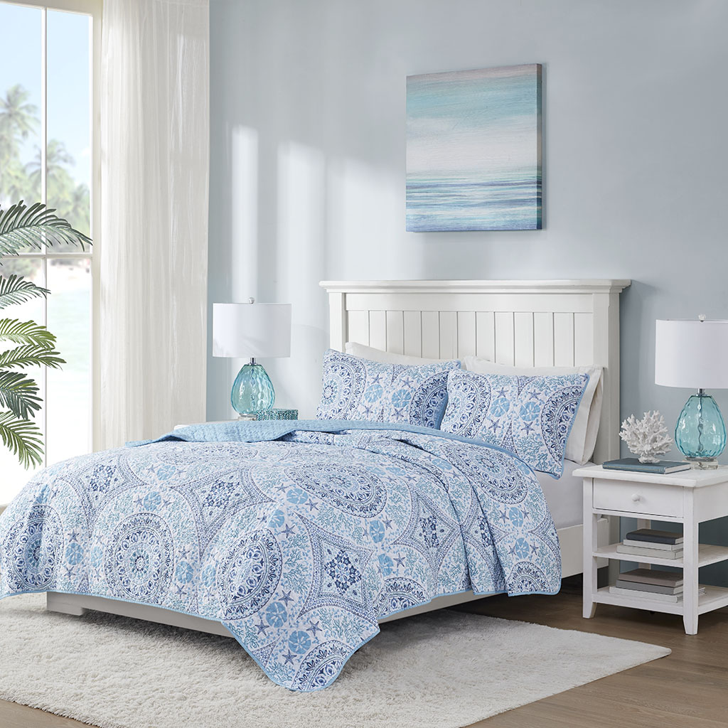 510 Design King/Cal King 3 Piece Printed Cotton Filled Coverlet Set in Blue - Olliix 5DS13-0226