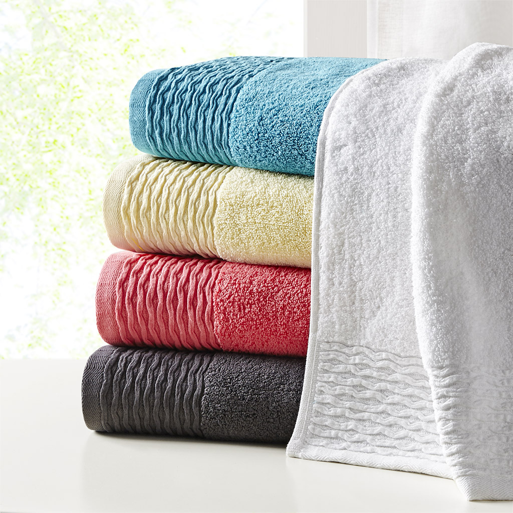 "Breeze 28"" x 52"" Jacquard Wavy Border Zero Twist Cotton Towel Set - Madison Park MP73-5716"