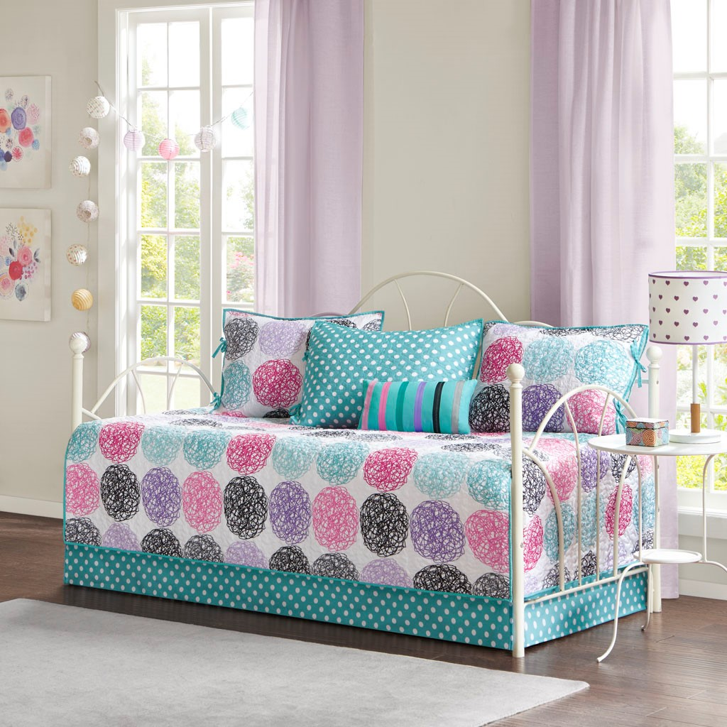 Carly Reversible 6 Piece Daybed Set - Mi Zone MZ13-0568