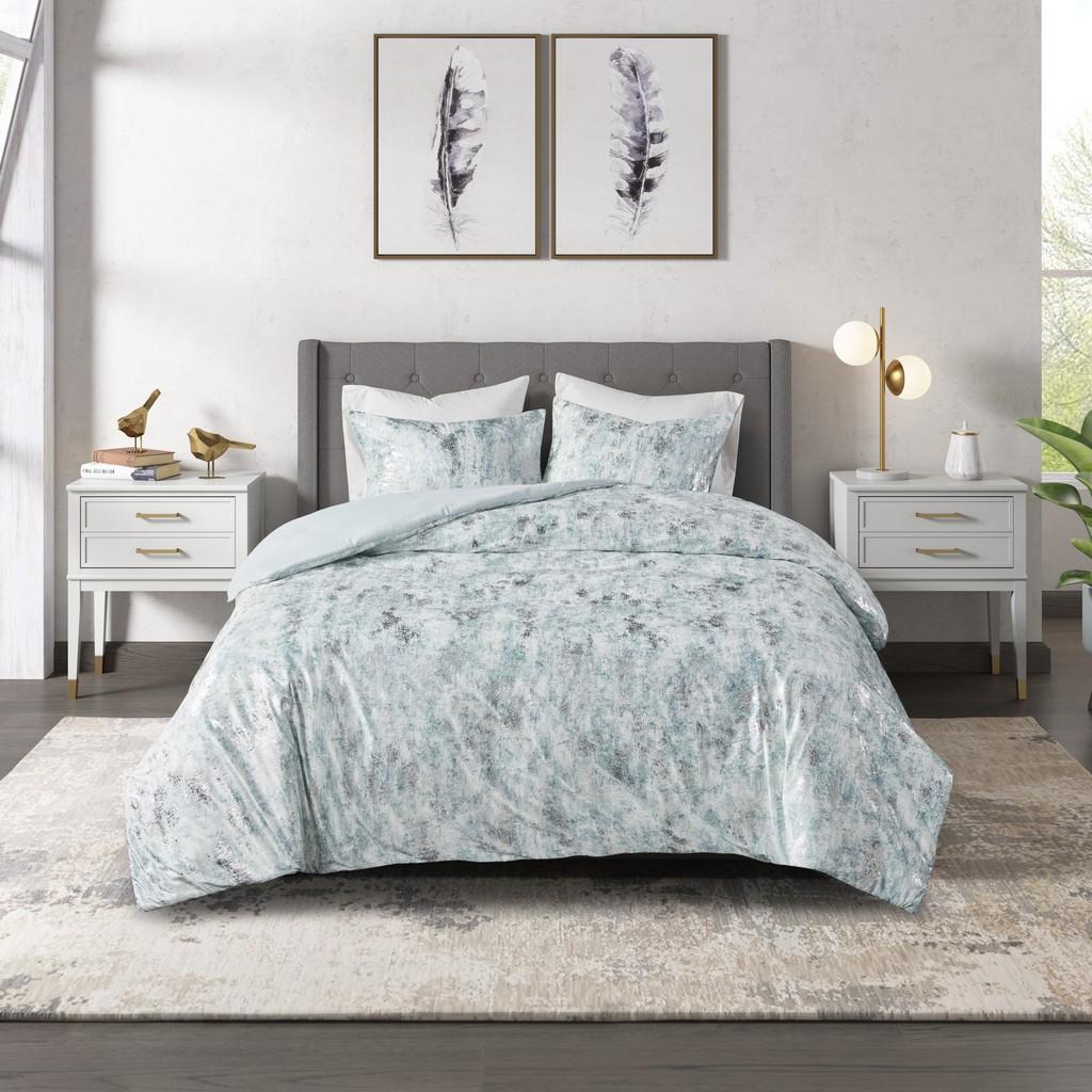 100% Polyester Metallic Printed Velvet Comforter Set - Olliix CL10-0015