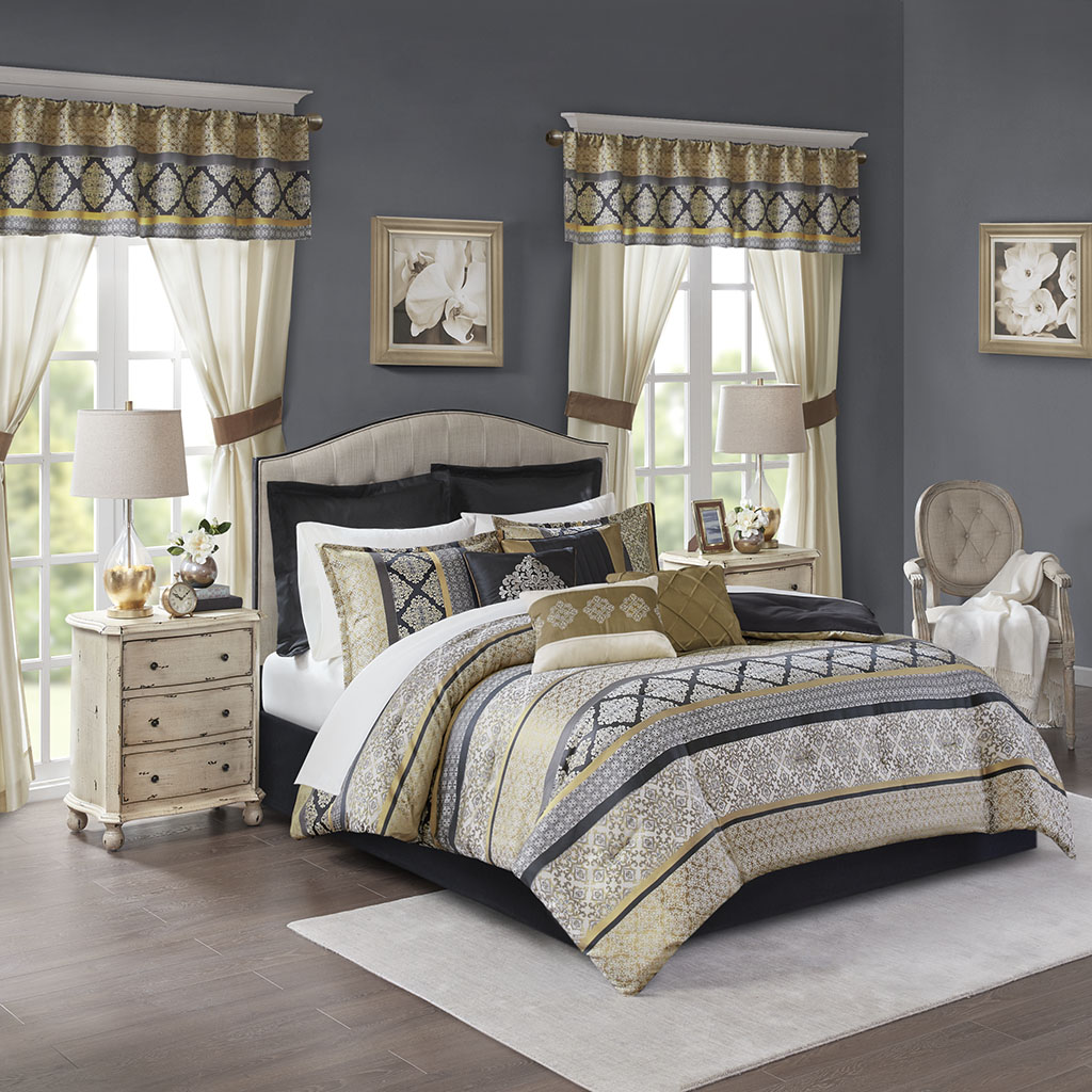 Madison Park Essentials Cal King 24 Piece Room In A Bag in Black/Gold - Olliix MPE10-764