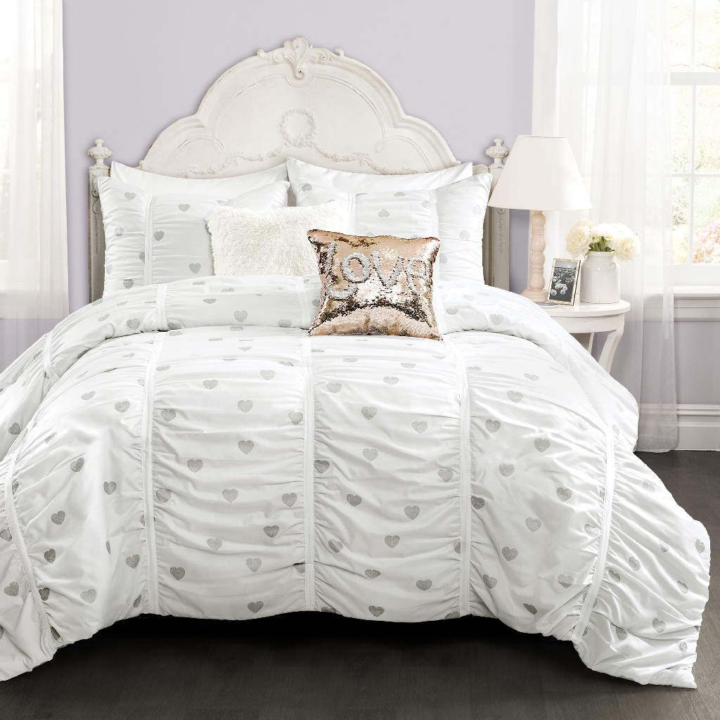 Distressed Metallic Heart Print Comforter White/Silver 3Pcs Set Full/Queen - Lush Decor 16T004606