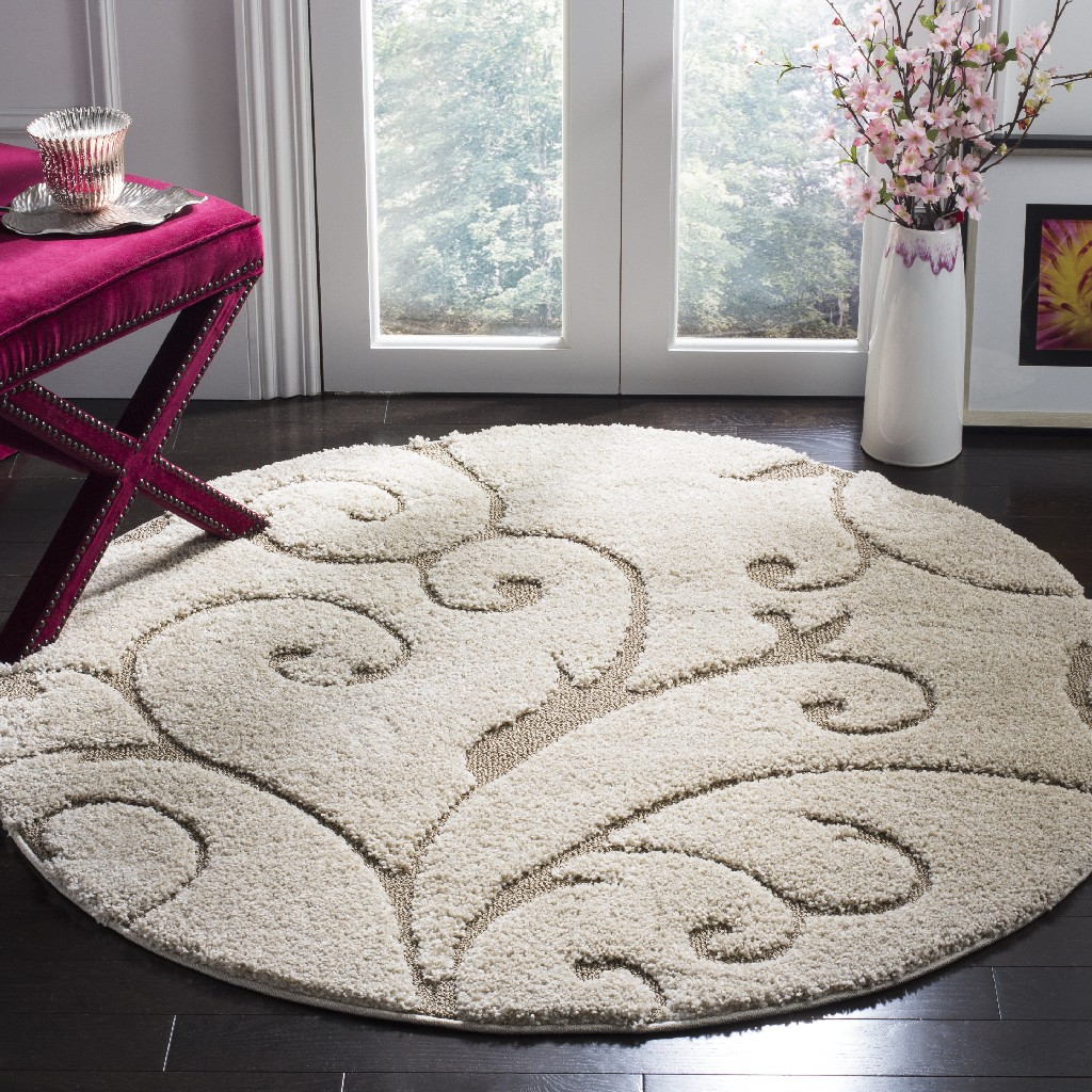 Florida Shag Collection 5 X 5 Round Rug In Cream And Beige Safavieh Sg455 1113 5r