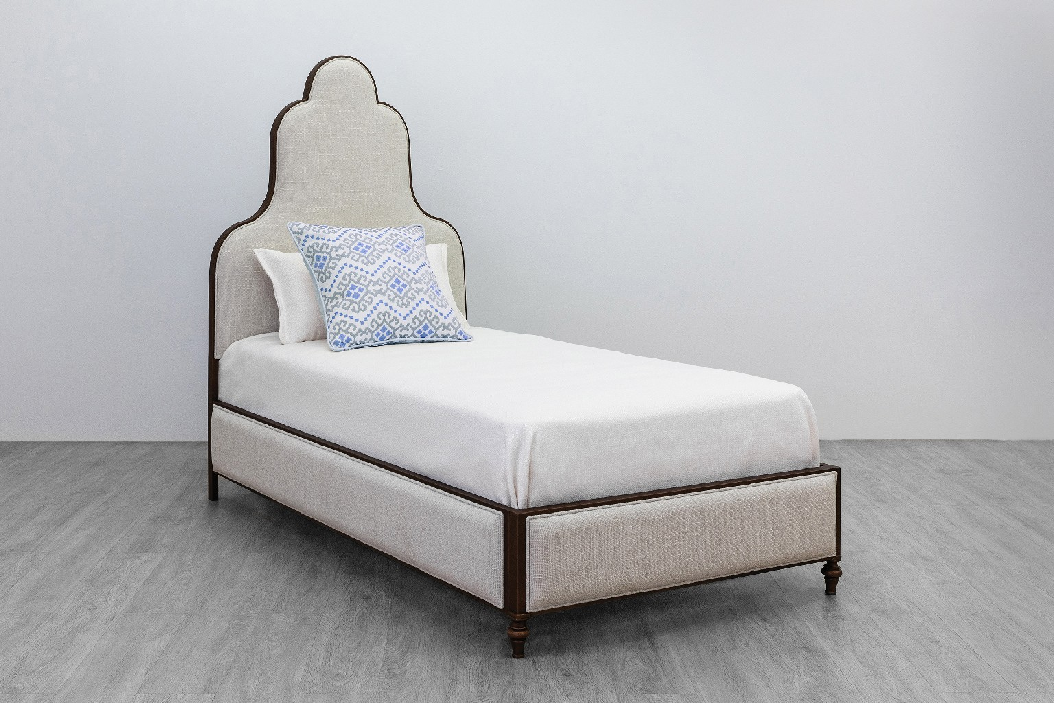 Taylor Gray Home Furniture Platform Bed Headboard Photo