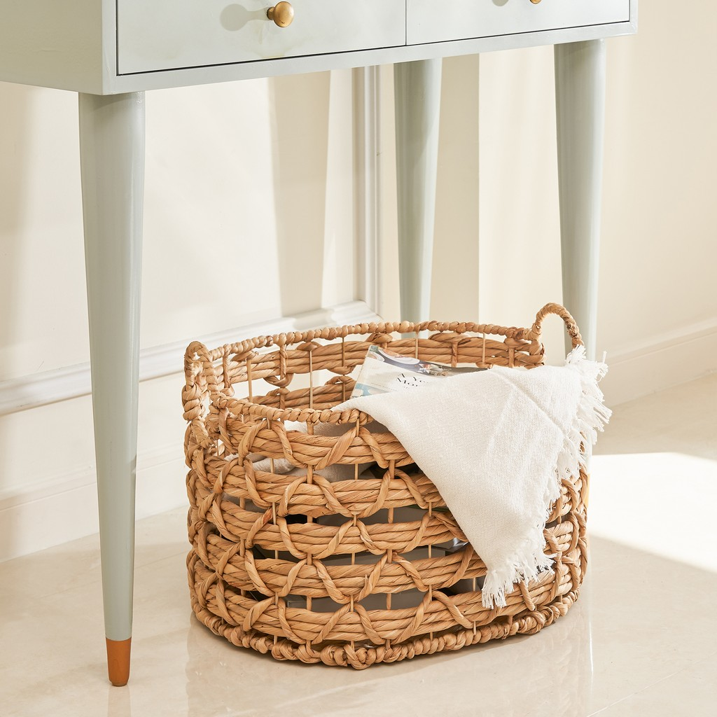Camila 20-Inch Oval Hand-woven Water Hyacinth Storage and Laundry Basket ( Size L ) - Vifah V50015-L