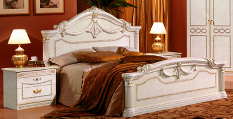 Rossella Traditional Bedroom Set