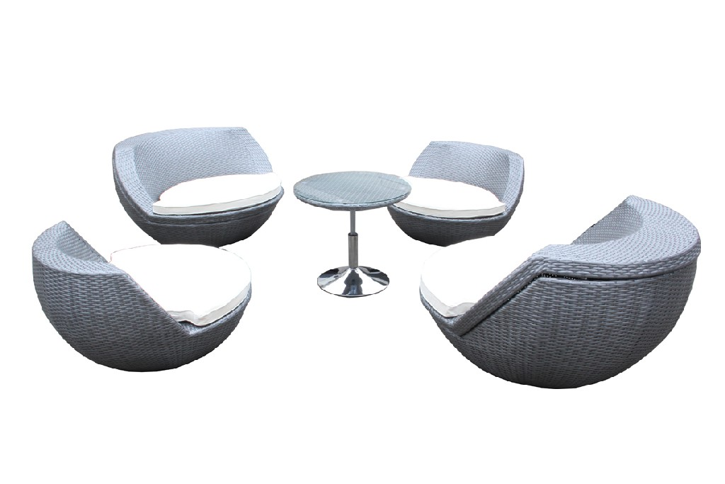 Vig Outdoor Seating Set