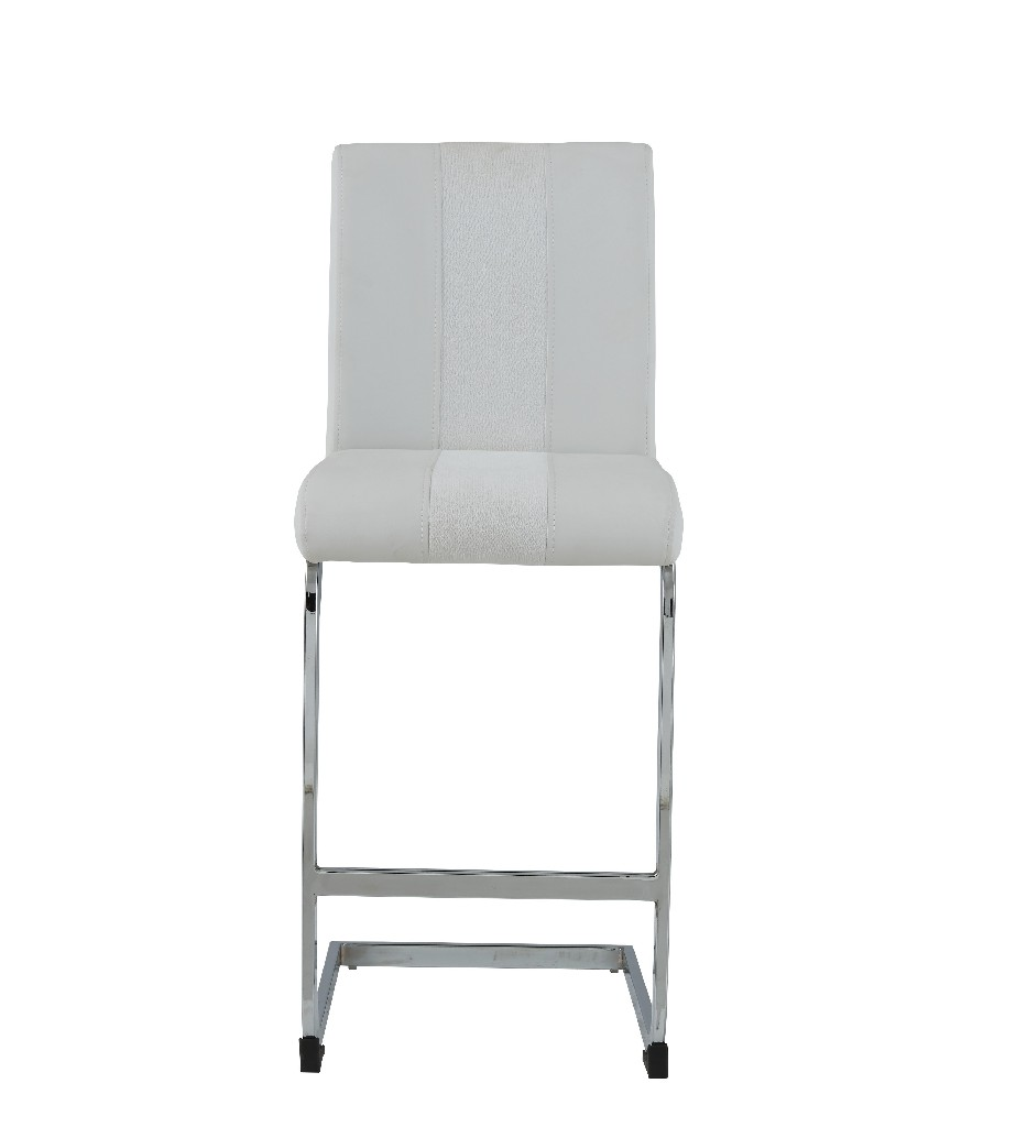 Barstools in White (Set of 4) - Global Furniture USA D915BS-WHT