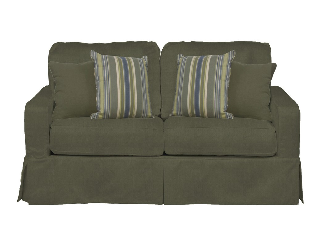 Sunset Trading Americana Box Cushion Slipcovered Loveseat In Forest Green - Sunset Trading SU-108510-410026