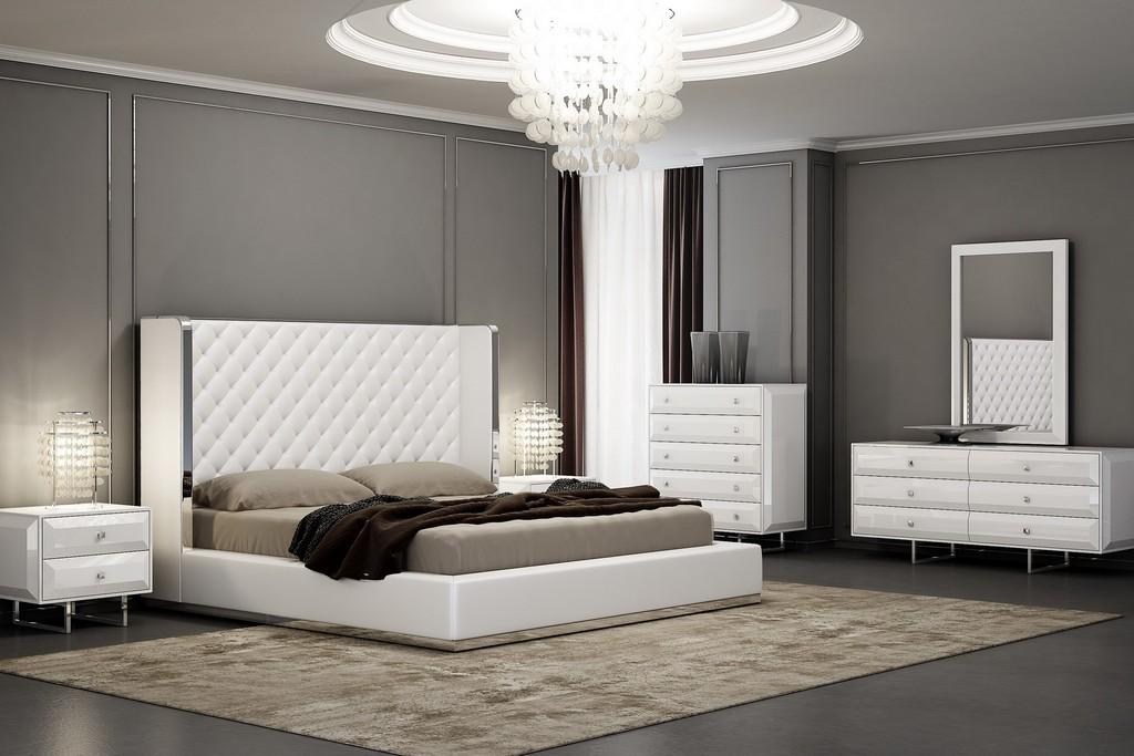 Abrazo Bed King, White Faux Leather, Tufted Headboard, Stainless Steel Trim Along Headboard Footboar - Whiteline Modern Living BK1356P-WHT