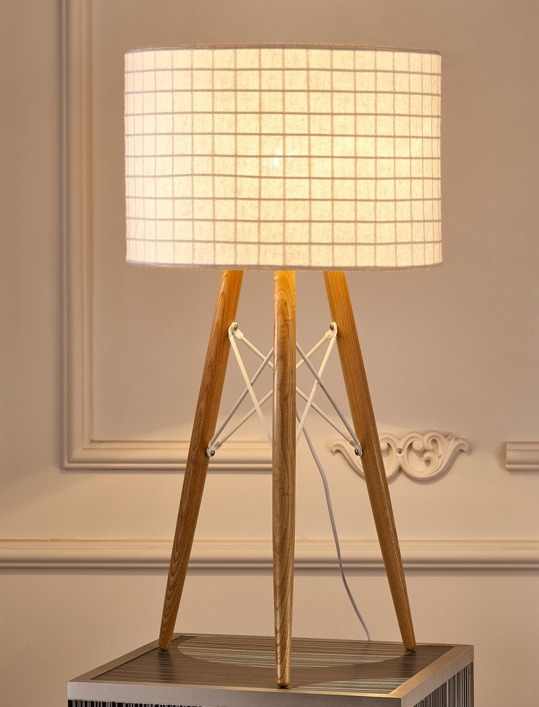 Amber Table Lamp Wooden Base And White Fabric Shade - Whiteline Modern Living TL1486-WHT