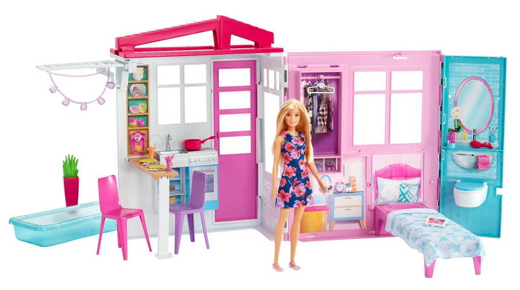 Barbie Doll, House, Furniture and Accessories - Mattel MTFXG55