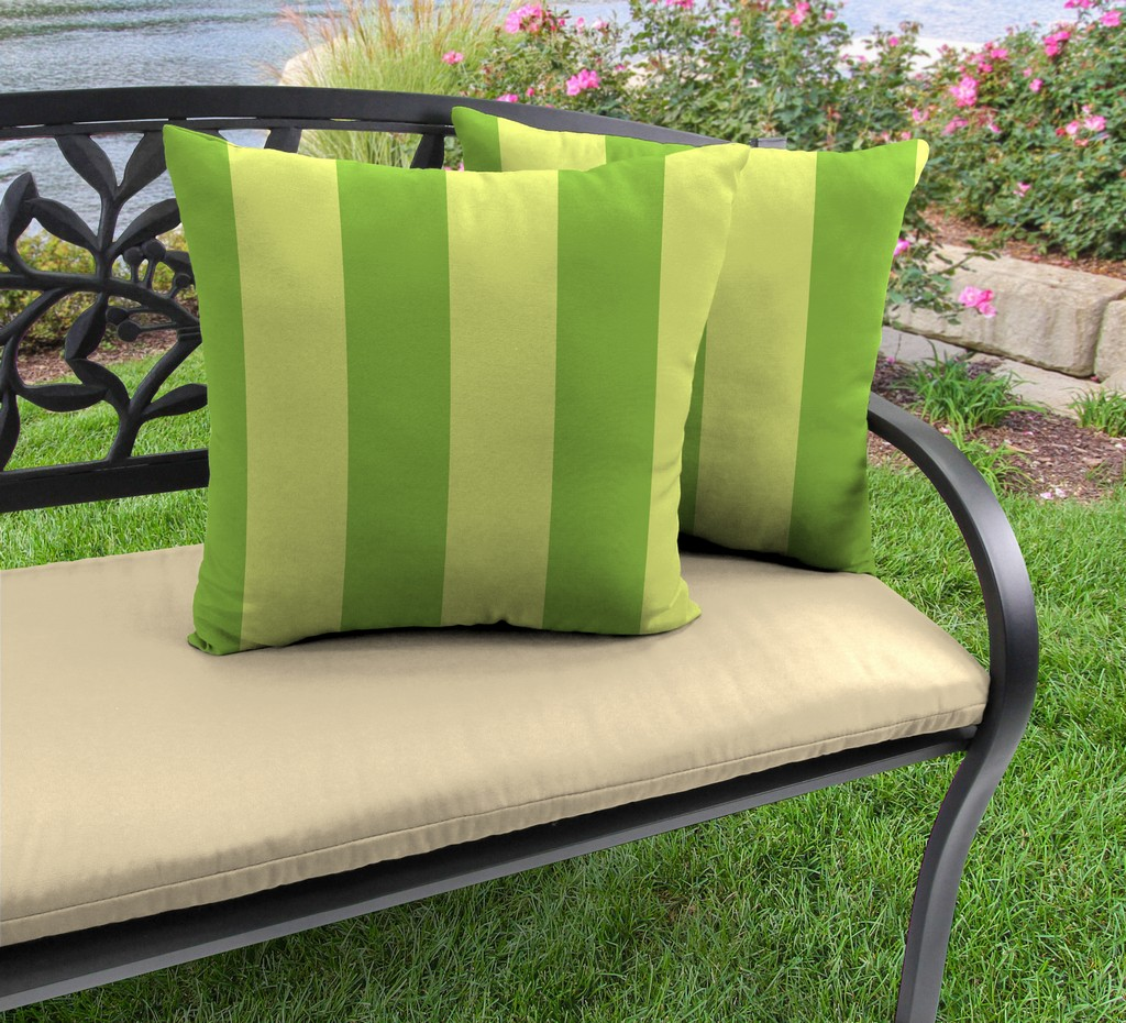 """20"""" Outdoor Accessory Throw Pillows, Set of 2-PREVIEW LEAF RICHLOOM - Jordan Manufacturing 9972PK2-6643D"""
