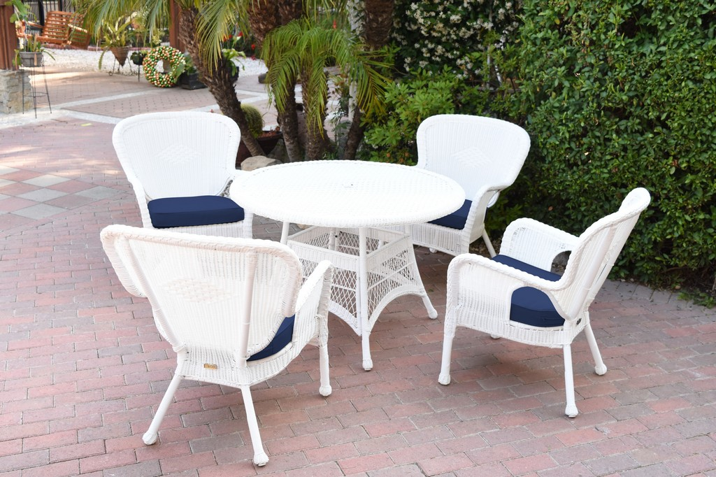 Jeco White Wicker Dining Set Midnight Blue Cushions