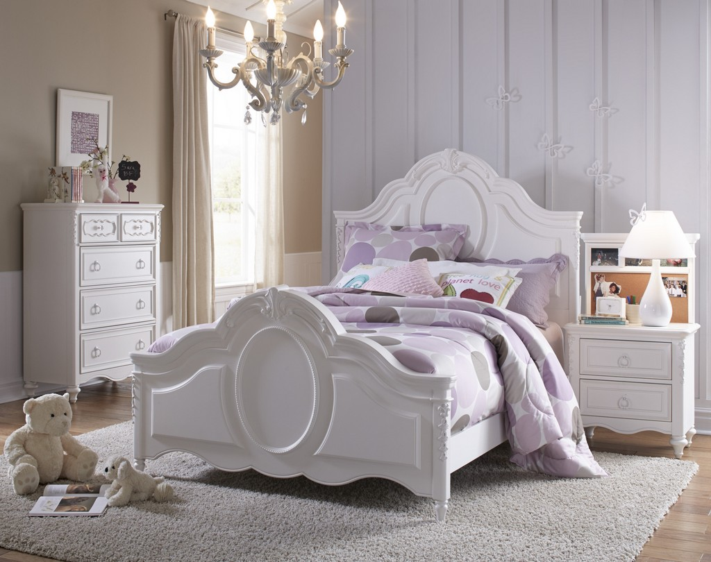 Three Full Panel Bed Set
