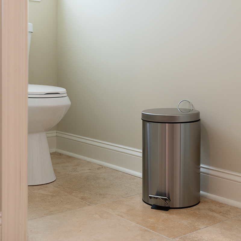 12L Stainless Step Trash Can - Flash Furniture PF-H008A12-M-GG