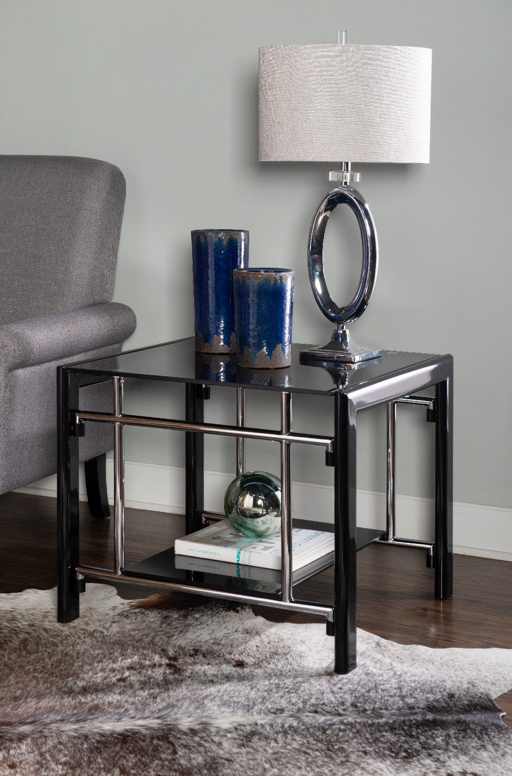 Black Glass End Table in Black - Powell 629-210C