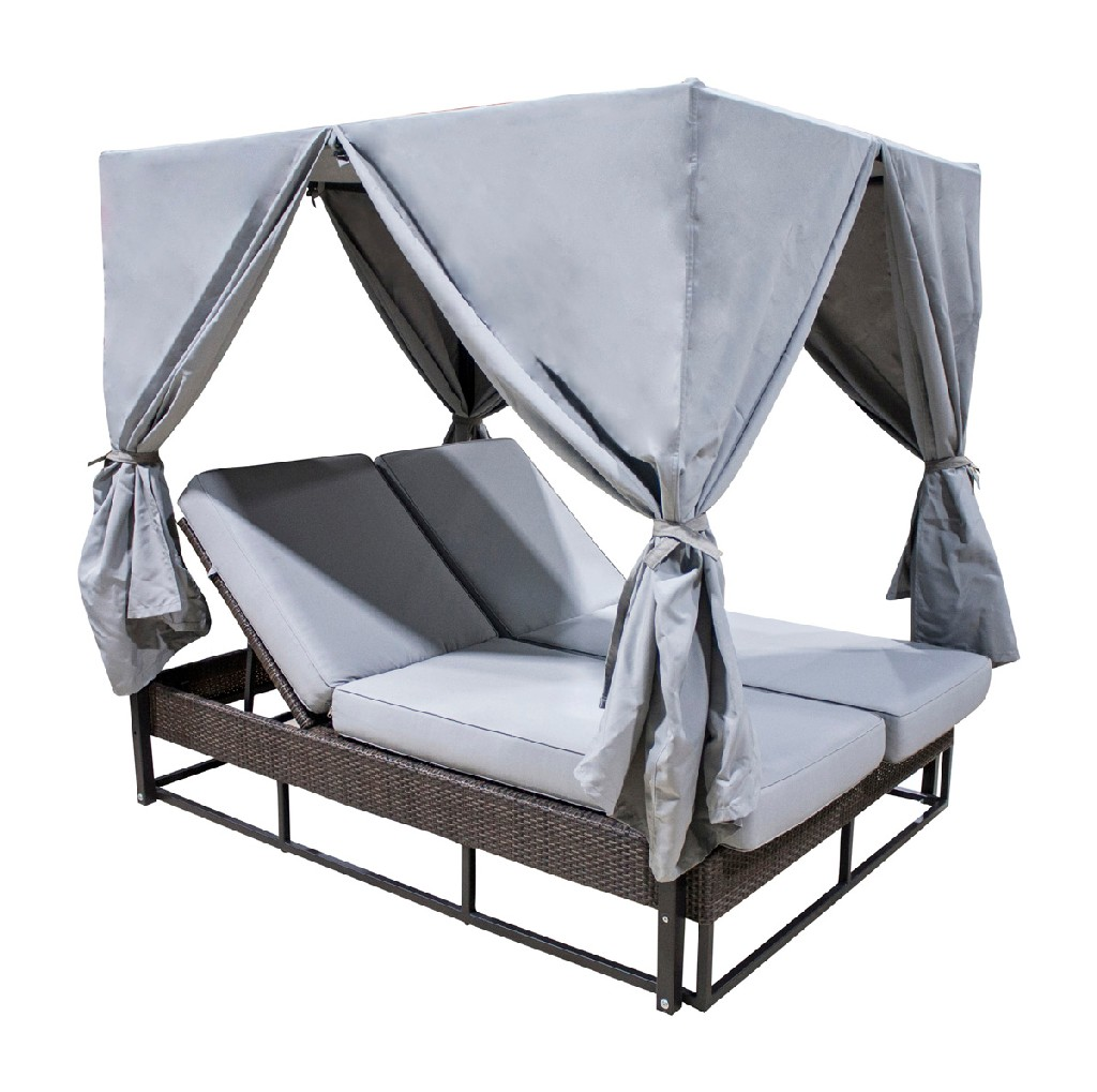 Hospitality Rattan Patio Patio Daybed Curtains Cushions