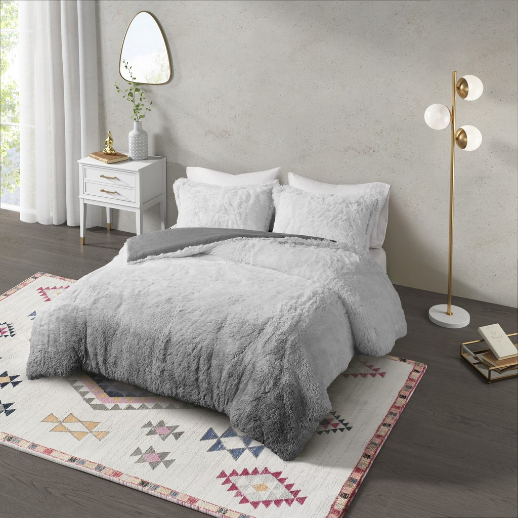 Cleo 100% Polyester Cleo Ombre Shaggy Fur Comforter Set - CosmoLiving CL10-0009