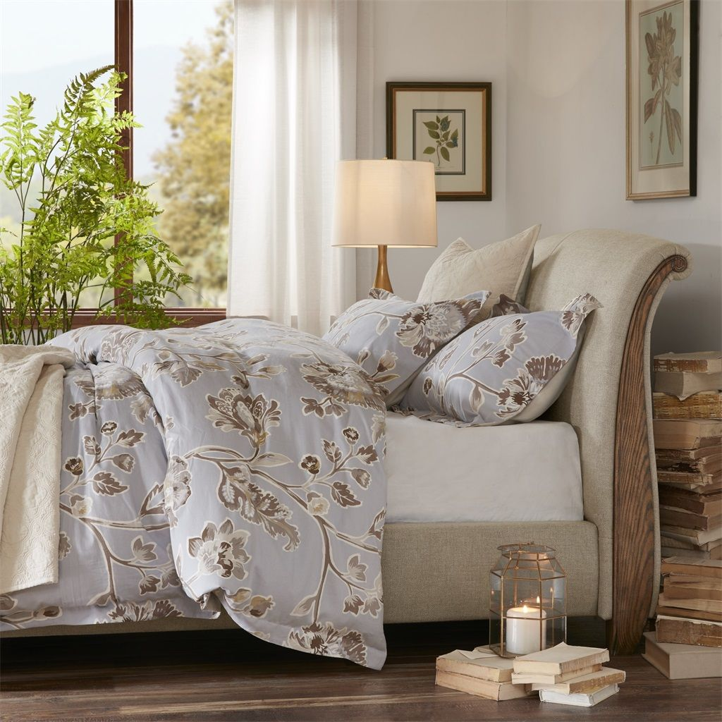 Picture of: Fleming King Upholstered Sleigh Bed Harbor House Hh115 0139