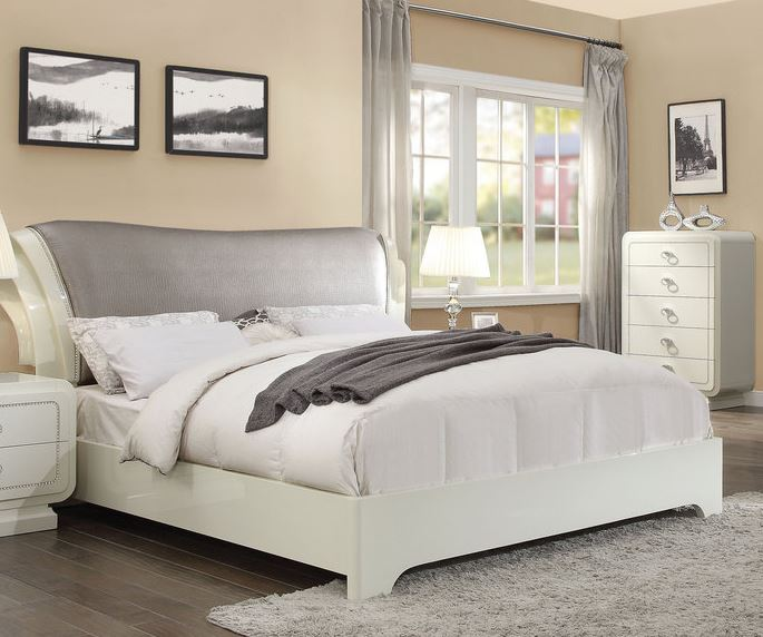 Acme Bellagio Queen Bed Pu Ivory High Gloss
