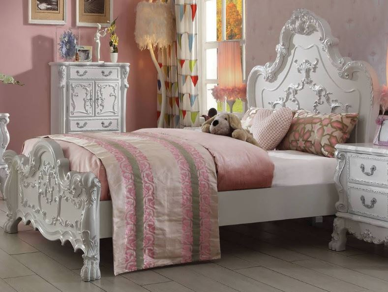 Acme Full Bed Antique White
