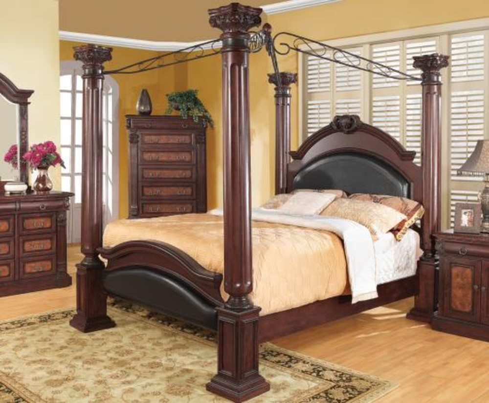 Coaster Grand Prado Traditional Eastern King Bed
