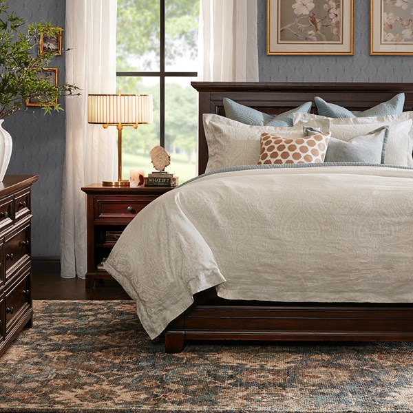 Harbor House Montclair Queen Bed Brown