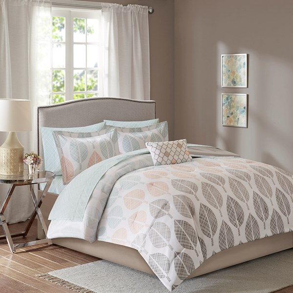 Madison Park Essentials Central Park Queen Complete Comforter & Cotton Sheet Set in Coral/Green - Olliix MPE10-383