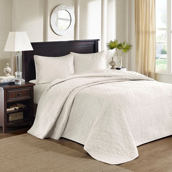 Madison Park Quebec Full 3 Piece Bedspread Set in Ivory - Olliix MP13-2633