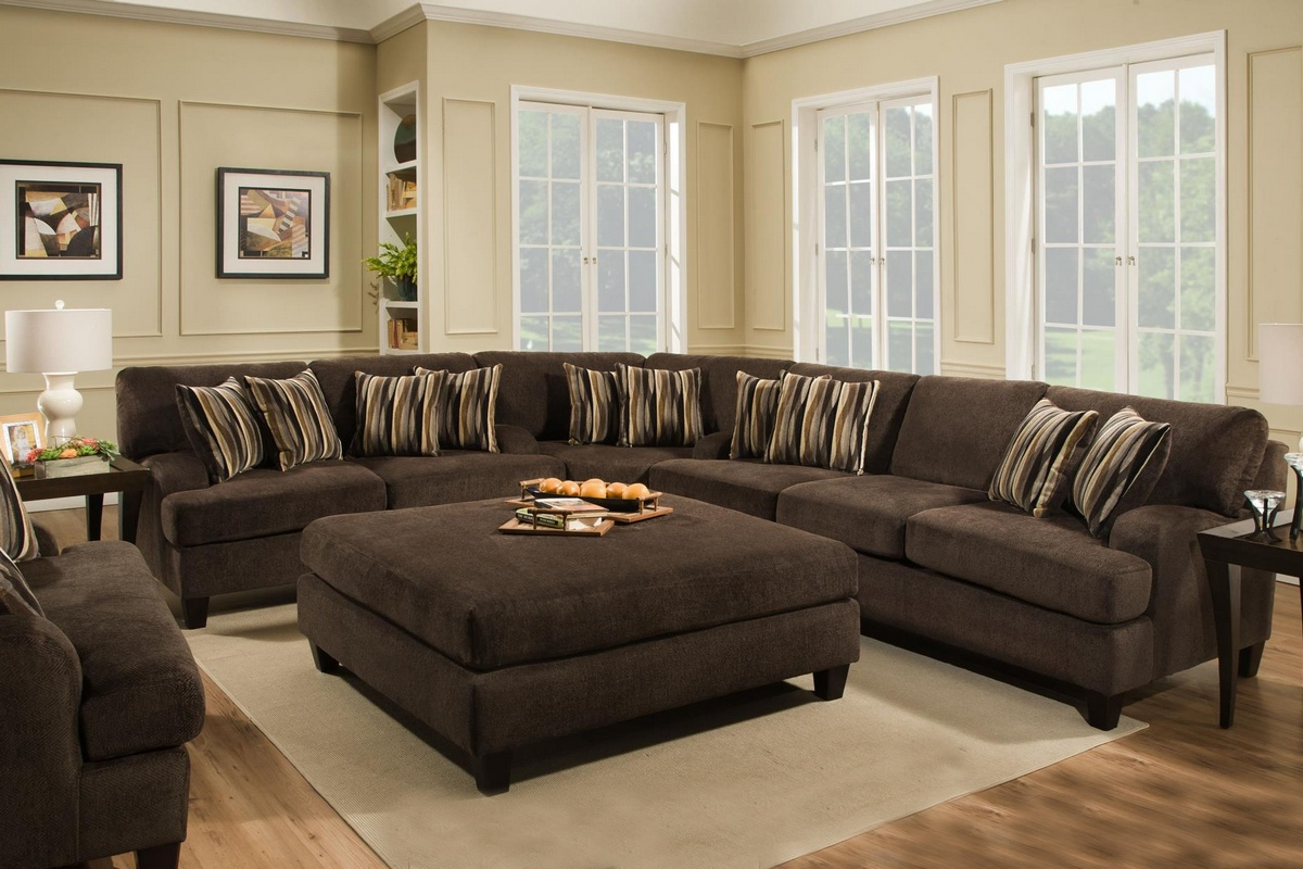 Chelsea Home Mara Sectional Maverick Espresso