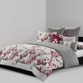 N Natori Cherry Blossom King Comforter Set in Multi - Olliix NS10-1849