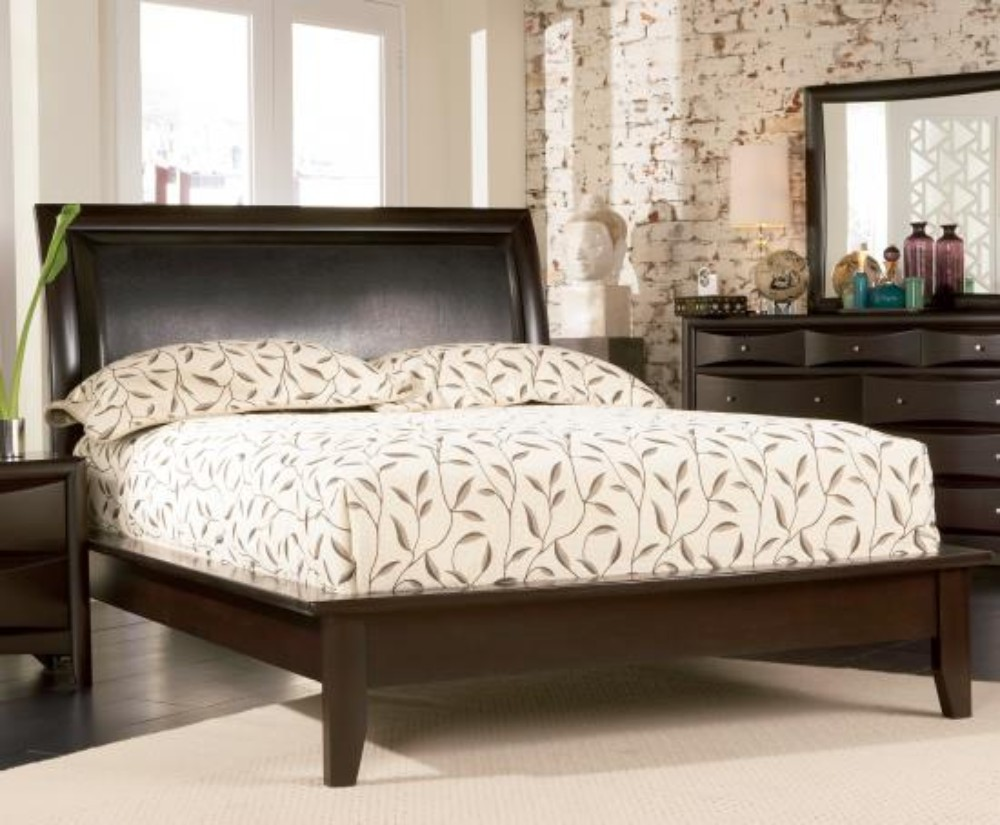 Coaster Transitional Eastern King Bed