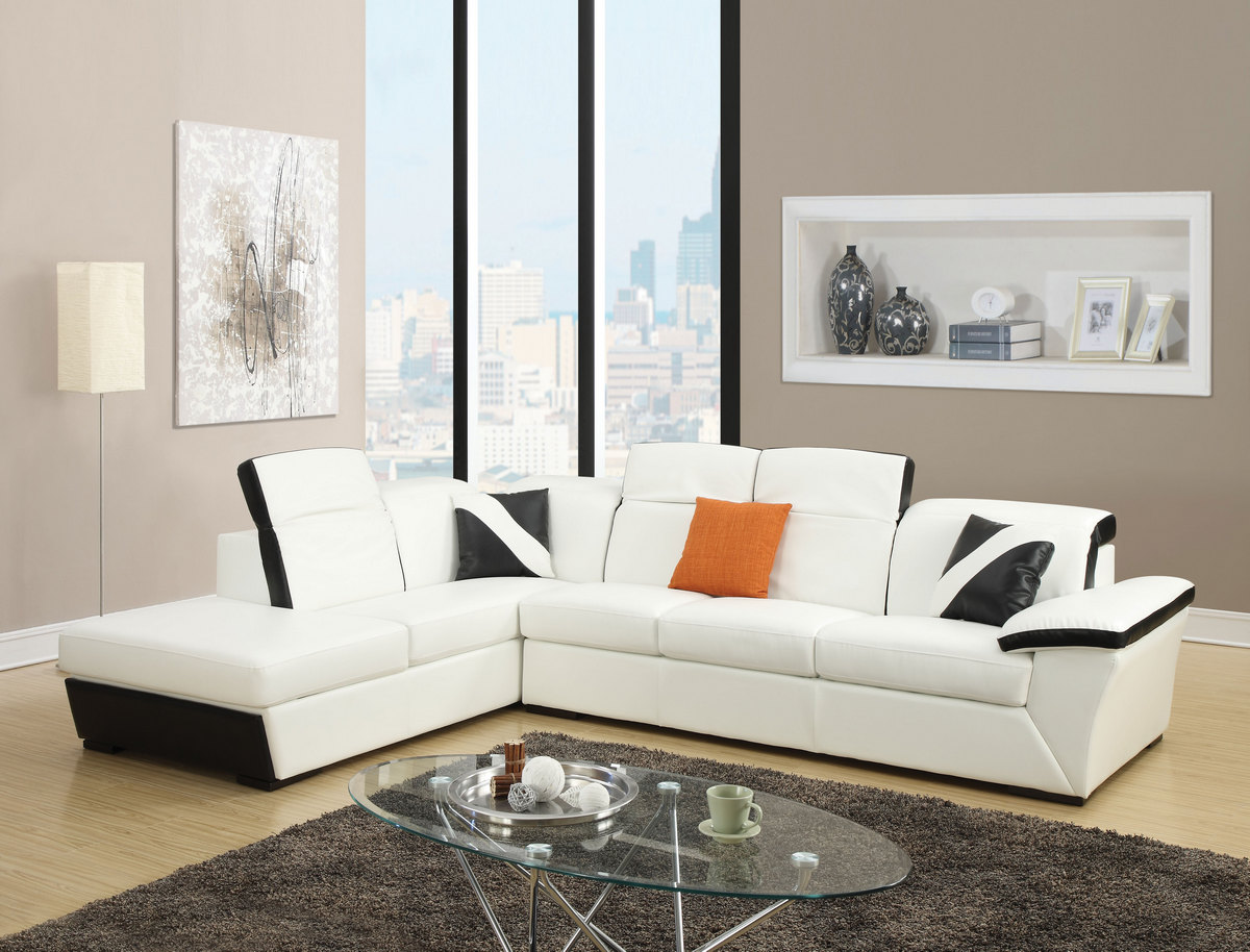 Acme Sienna Sectional Sofa White Black Bonded Leather Match