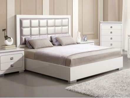 Acme Valentina Eastern King Bed Pearl Pu White High Gloss