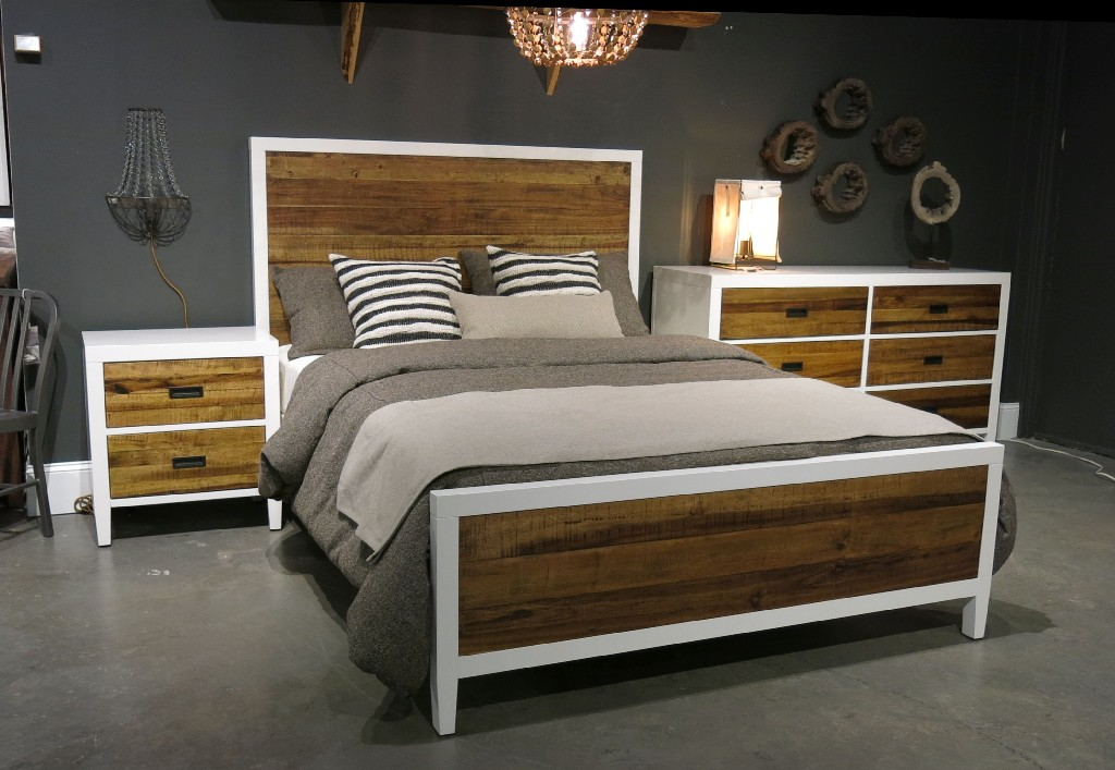 Modus Furniture California Platform Bed King Photo