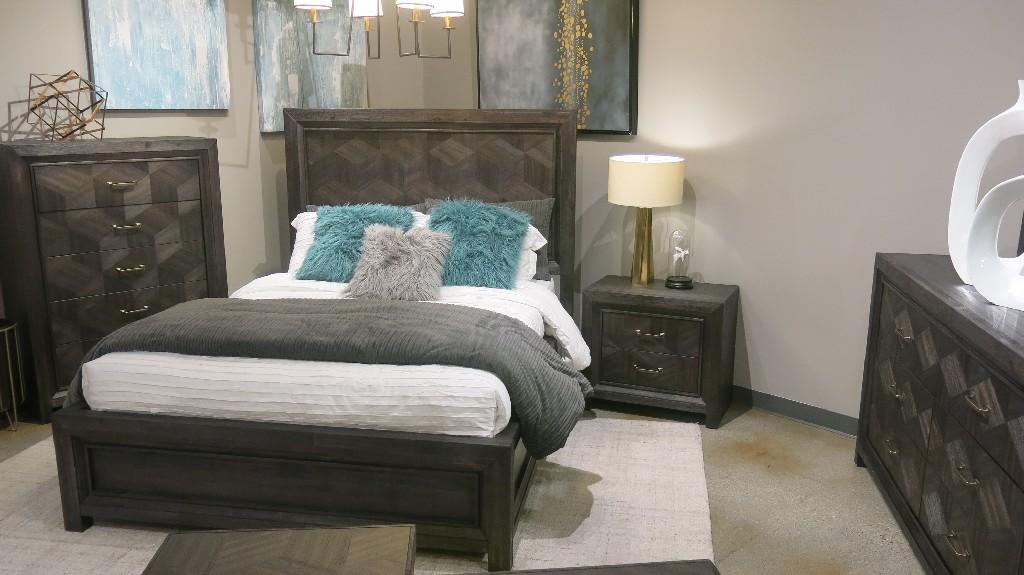 Modus Furniture Panel Bed King Photo