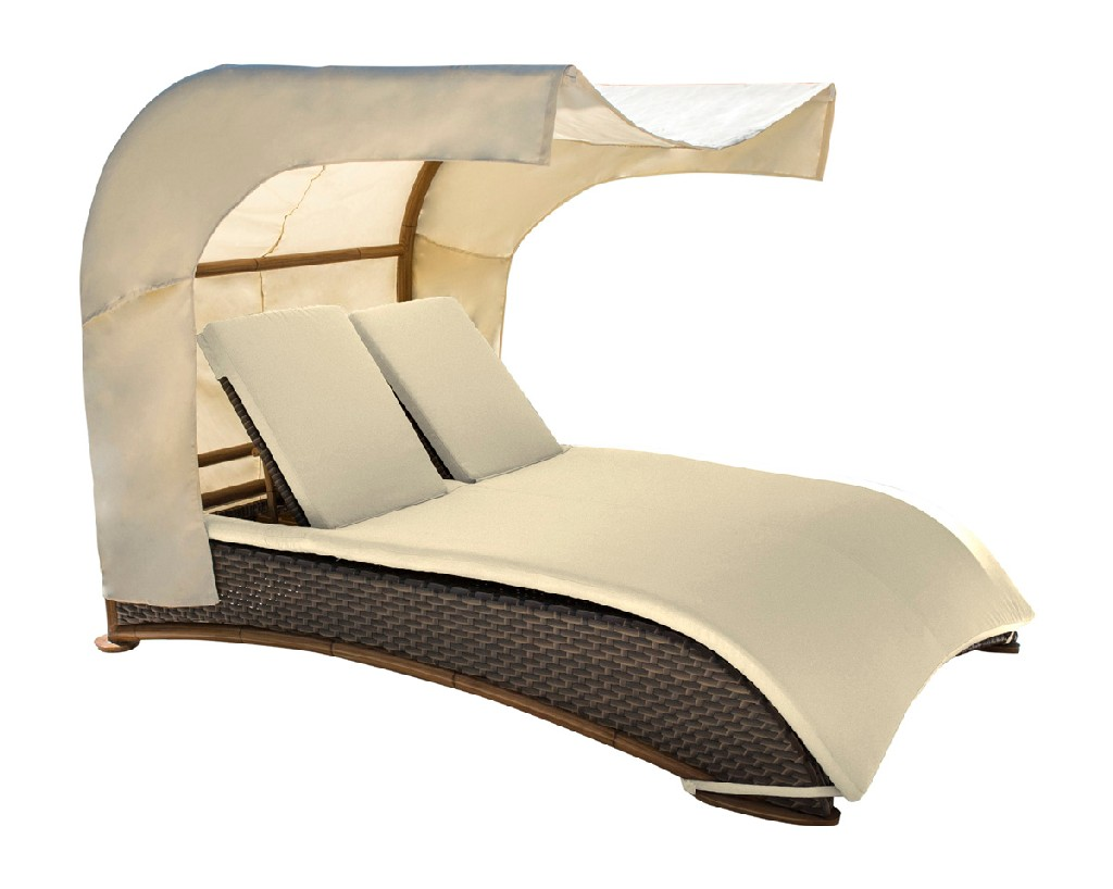 Panama Jack Big Sur Daybed with Canopy and Cushions